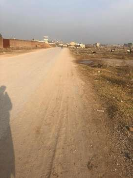 Plot in Ghauri town phase 7. Mini comercial 6 marla two sided cornor