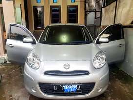 Di jual Nissan march 2012