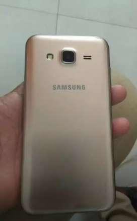 Samsung j5 in good condition