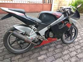 FOR SALE MOTOR SUZUKI RGR 1995