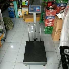 Timbangan Digital 500 kg Dua Layar Bahan Kuat