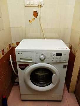 Log front load washing machine