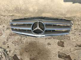 Original Mercedes Benz W123 & W204 Grills