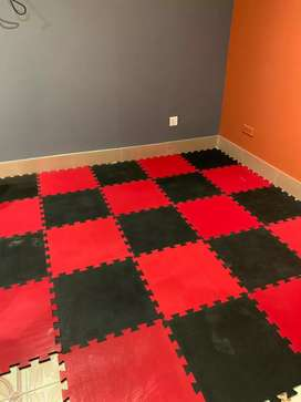 Gym Flooring Tiles Decorate your home