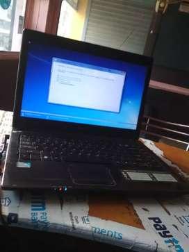 Hi Jalwa old laptop 8000 me 1y warranty hai
