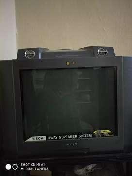 SONY Wega  HP 21 for sale...