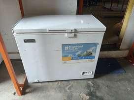 Freezer box dan showcase denpoo