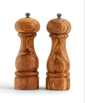 Pack of 2 Wood Salt and Pepper Mill Set