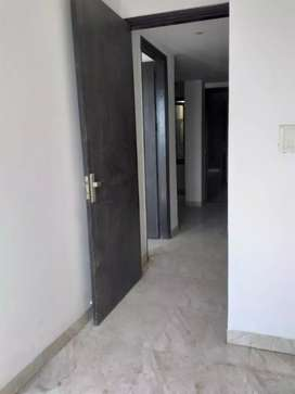 3 BHK Builder Floor Without any Brocakge