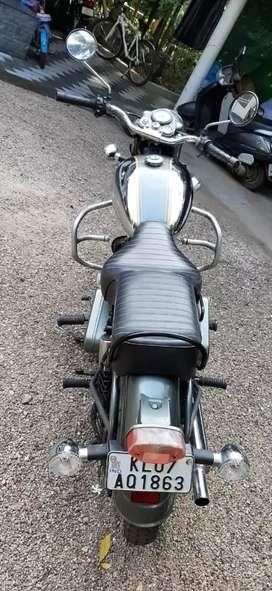 Machismo 350 cc (Bullet )