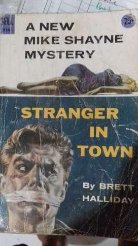 Novel lama strangerr in town cetakan 1955