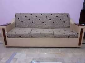 7 seater sofa set and table