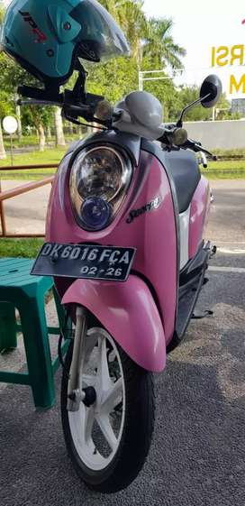 Scoopy 2011 pink
