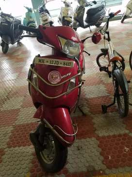 Hero/Red colour pleasure, 7 years old , Registration No. MH12 JD 8417