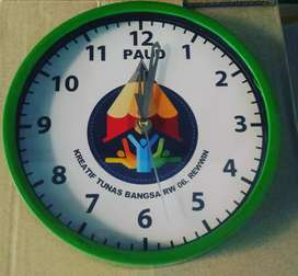 Jam dinding promosi acara