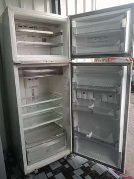 Use fridge sell good condition
