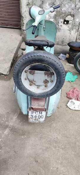 1986 model scooter original colour