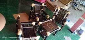 Menerima pemesanan meja kursi tempat tidur bambu