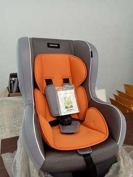 Car sheet /tempat duduk bayi di mobil
