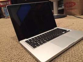 Used Macbook Pro Core i5 laptop (4gb/500gb) Web cam One Month war