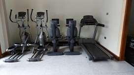 Jual treadmill Matrix kondisi 90% up