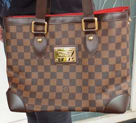 Dijual Louis Vuitton Woman Bag 2008 (Original).. limited collection
