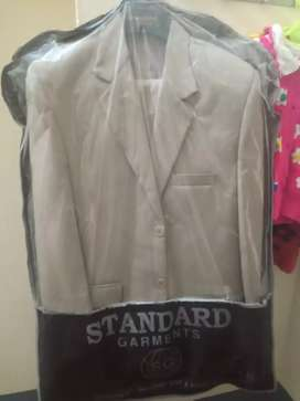 2 peace suit brand new just a hour used in a function