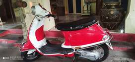 Piaggio Vespa, metal body model, good condition