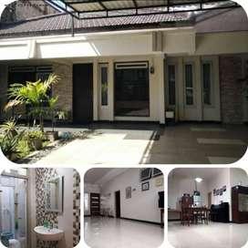 Rumah Raya Ngagel Madya, Siap Huni, Strategis bsDg