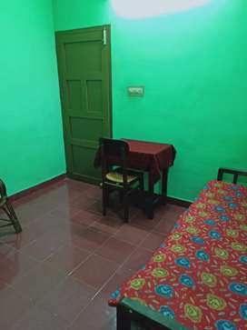 Single bath attached room for rent at kadavanthra puthiya road