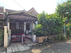 Di jual rumah lama , Perumahan Lippo Karawaci Tangerang