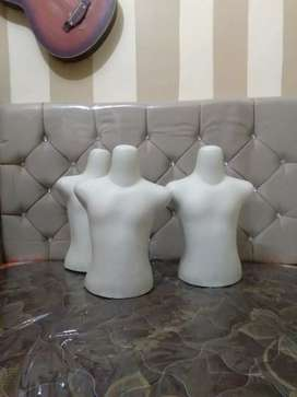 patung anak anak