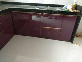 Speacious two bhk flat on rent located in heart of the city..