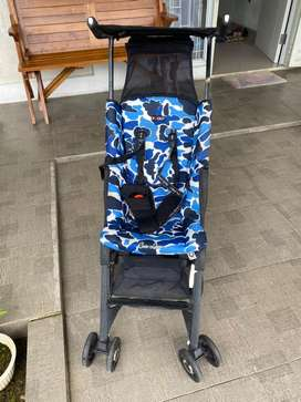 Stroller coco latte pockit 839 x bebe apes camo blue