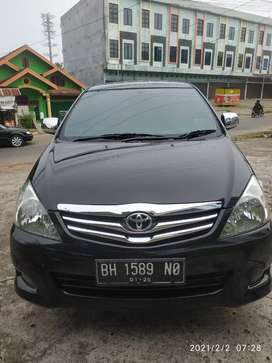 Innova V 2.5 DIESEL DOUBLE AIR BAG