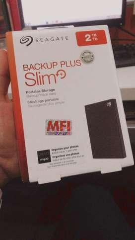 Hard Disk Seagate 2 TB Backup Plus Slim
