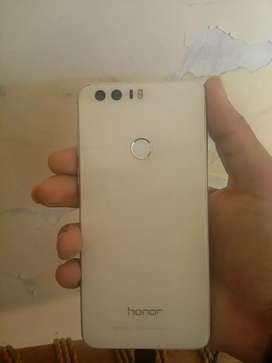 Honor 8 mobile for sale.4GB/32GB.fingerprint,Approved by PTA