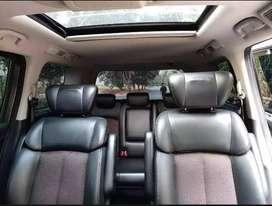 Nissan Elgrand 2.5 Highway Star MPV