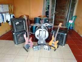 Di jual satu set alat band