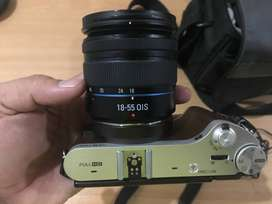Samsung NX300 Mirrorless DSLR with 18-55 MM lense