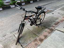 Adult cycle in decent condition.