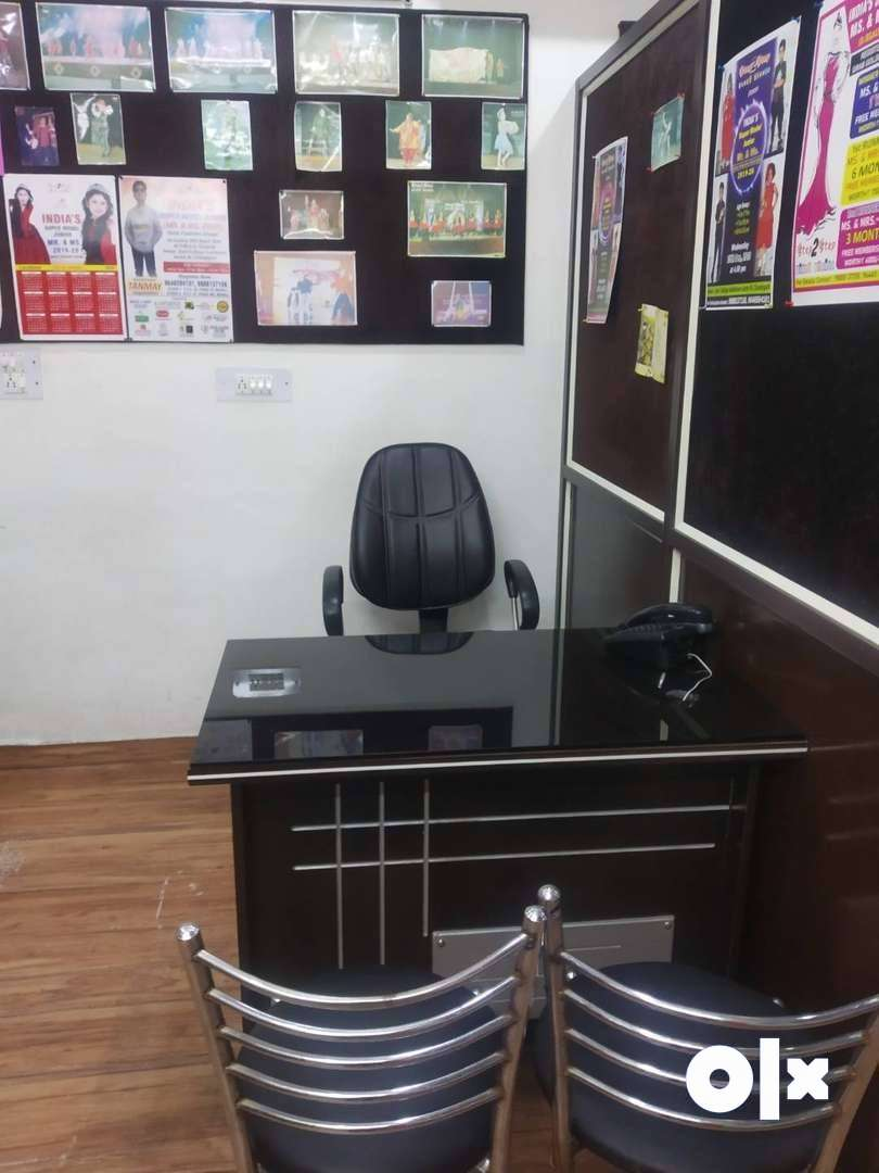 Female Receptionist and Front Office