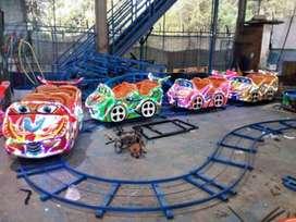 labirin run meja goyang kereta rel bawah lantai mini roller coaster 11