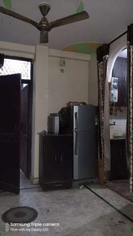 TWO BHK FLATS  FULLY FURNISHED  NEAR BY METRO STATION  1KM