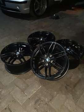 Velg BMW R17 5x120 ET 35 Like NEW