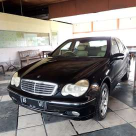 Mercedes Benz C240 Mercy Hitam W203 2002