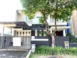 Dekat Main Gate! Dijual Rumah Modern Furnished East Emerald Mansion