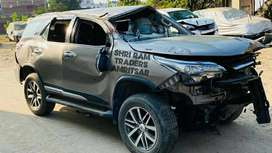 Toyota Fortuner 2018 Model Automatic 4×4 Parts available