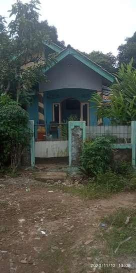 Rumah kampung lokasi strategis