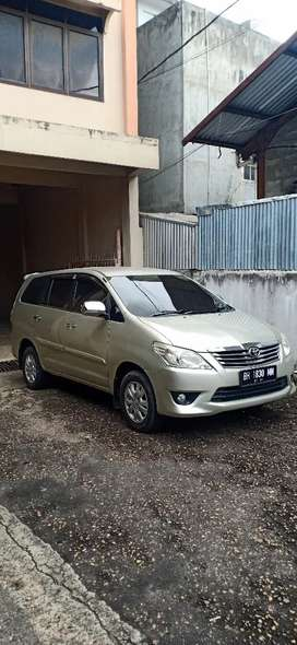 Grand Innova Type G manual Bensin 2013